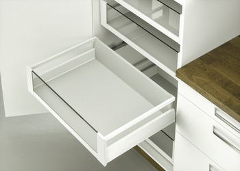 Internal pull out set,Häfele Matrix Box P70 VIS, with front panel insert and rectangular side railing, drawer side height 92 mm, load bearing capacity 70 kg
